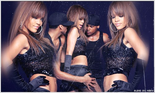 * ¤ Mary's Gallery.   SoOfie Je t'aime. 5o pages (L') - Page 40 Rihanna-2-5ea5cc