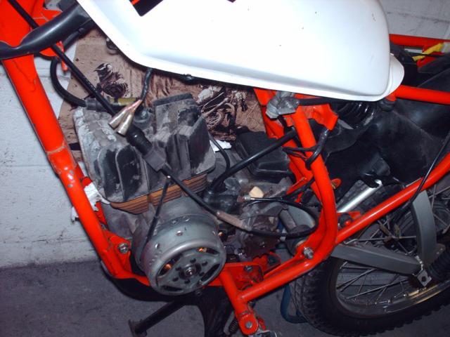 Réstauration d'un DT-MX 50 à vitesses auto de 1983 Hpim2366-d3de47