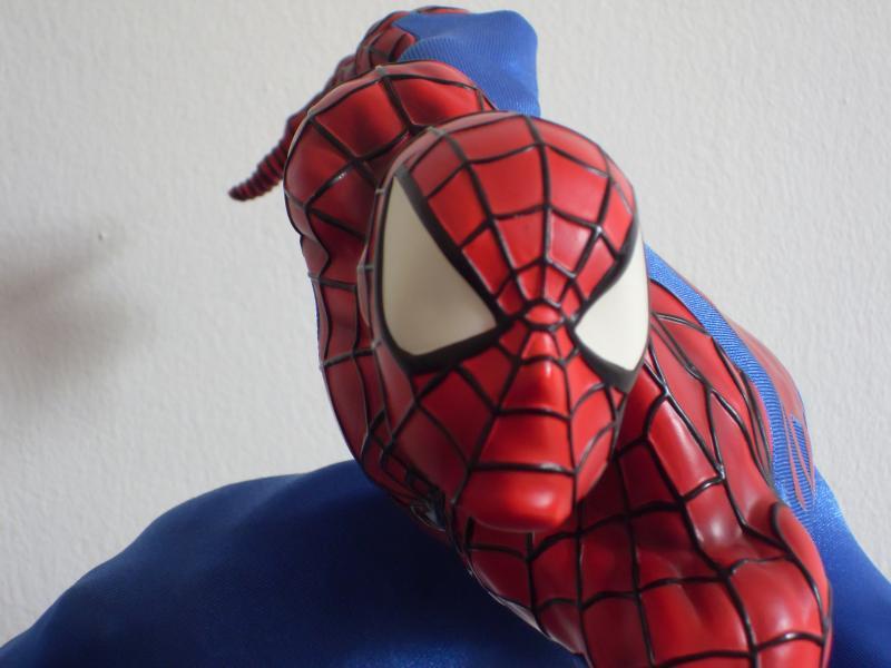"""Collection de Spider-Manu """" dernière arrivée HULK 1/4  """" Q-219682-df7c77"""